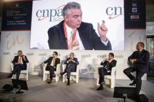 ''Forum 2008 in Previdenza'' organizzato dalla CNPADC (Cassa nazionale di previdenza a assistenza dottori commercialisti), Roma 19 aprile 2018. ANSA/FABIO FRUSTACI